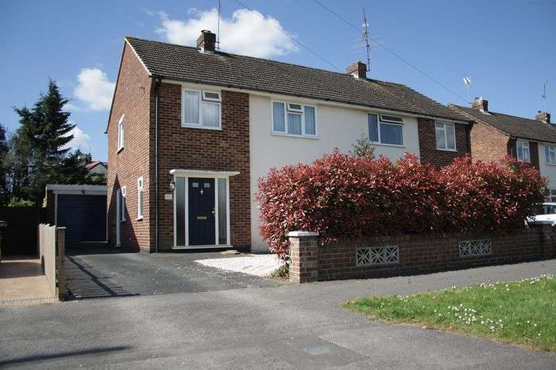 3 Bedrooms Semi Detached House for sale in WOODLEY