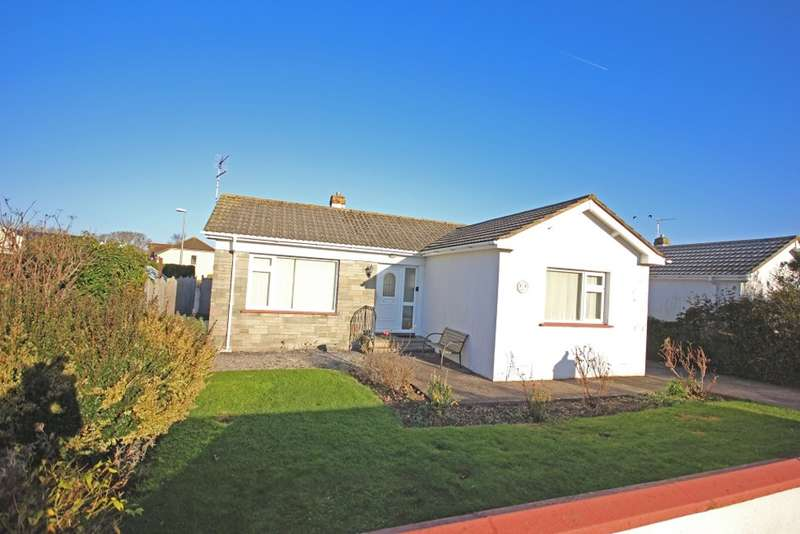 2 Bedrooms Detached Bungalow for sale in Mayfair Road, Ipplepen