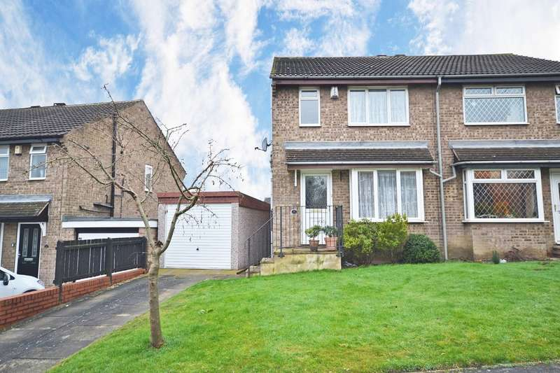 3 Bedrooms Semi Detached House for sale in Haydn Avenue, Stanley, Wakefield