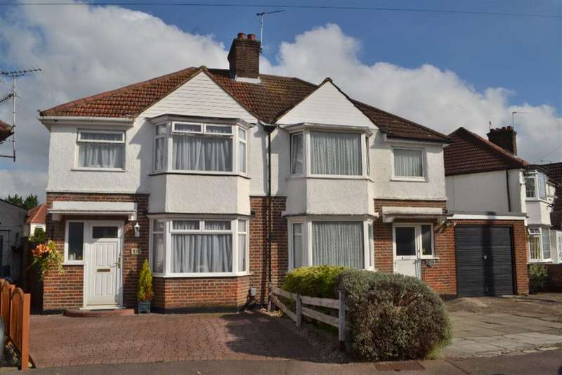 3 Bedrooms Semi Detached House for sale in Leggatts Close, Watford, Herts