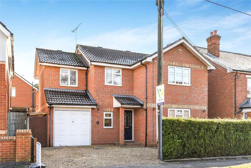 4 Bedrooms Detached House for sale in College Road, College Town, Sandhurst, Berkshire, GU47