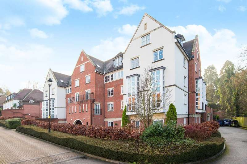 2 Bedrooms Flat for sale in Cottage Close, Harrow, HA2