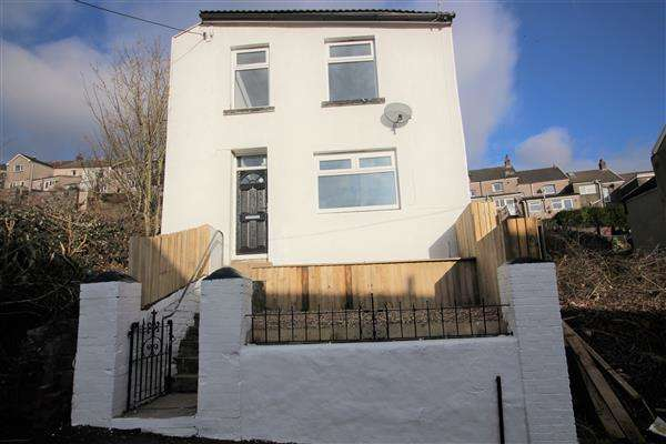 3 Bedrooms Detached House for sale in Jestyn Street, Porth