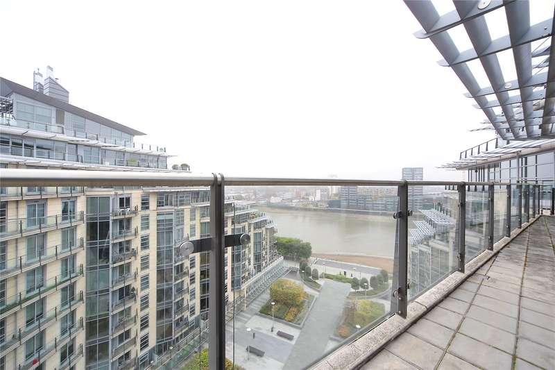 3 Bedrooms Flat for sale in Kingfisher House, Battersea Reach, London, SW18