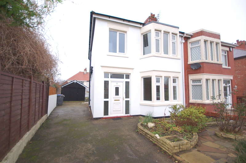 3 Bedrooms Semi Detached House for sale in Prestbury Avenue, Blackpool