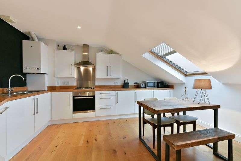 1 Bedroom Flat for sale in Eardley Road, London