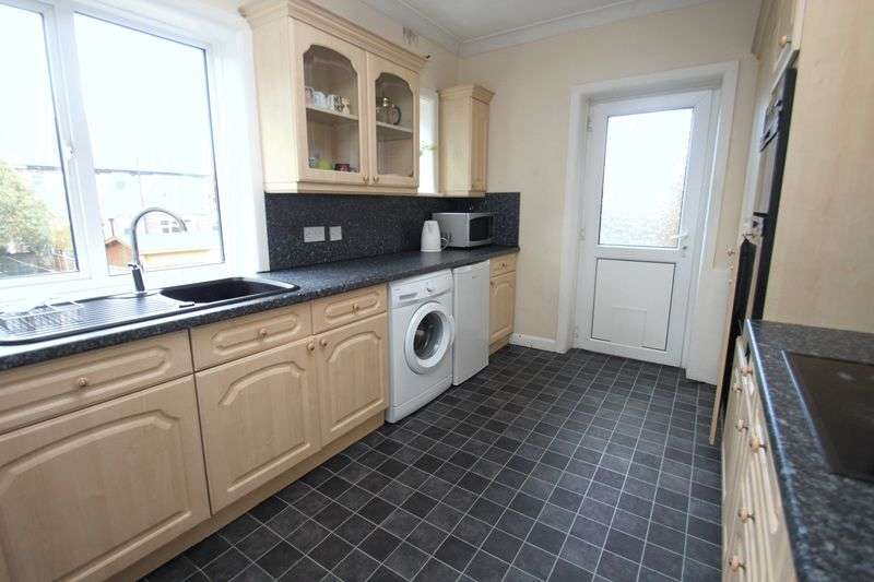 6 Bedrooms Semi Detached House for rent in Elmes Road, Bournemouth