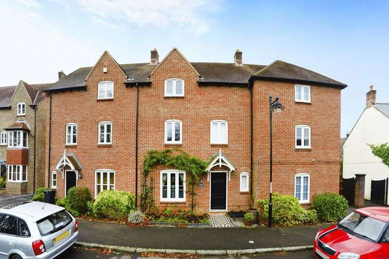 4 Bedrooms Terraced House for sale in Charlton Down, Dorchester, DT2