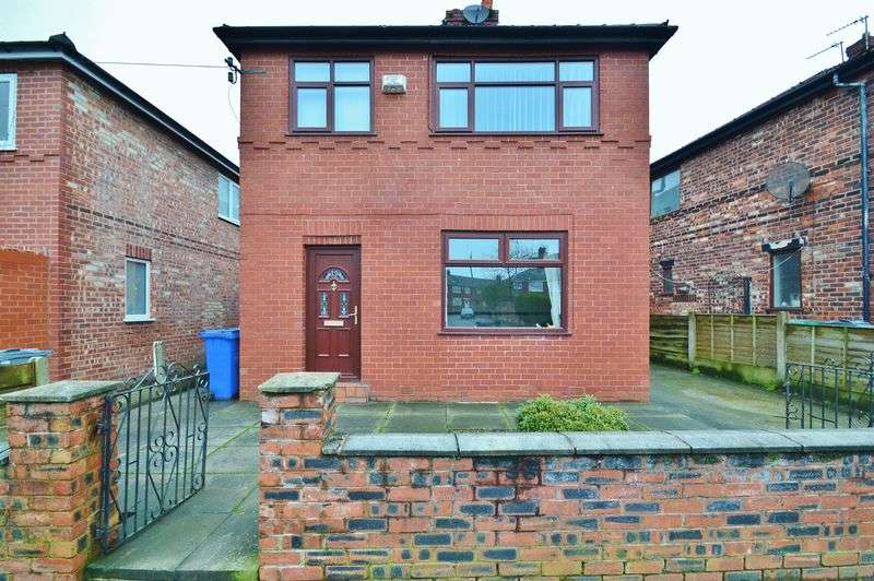 5 Bedrooms Detached House for sale in St Georges Drive, Manchester