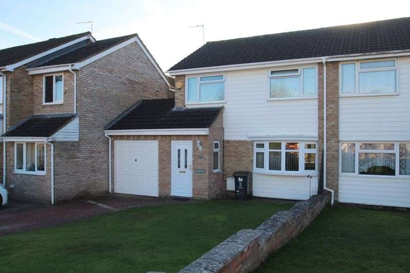 3 Bedrooms Semi Detached House for sale in Sutton Road, Swindon