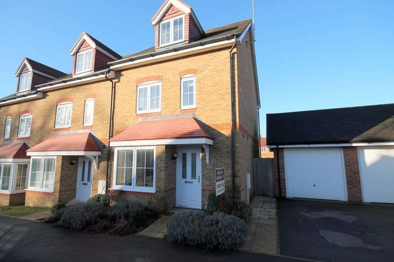4 Bedrooms House for sale in Fox Close, Hassocks, West Sussex,