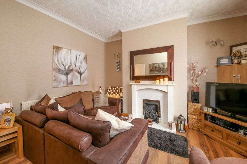 2 Bedrooms Terraced House for sale in Fairclough Street, Hindley