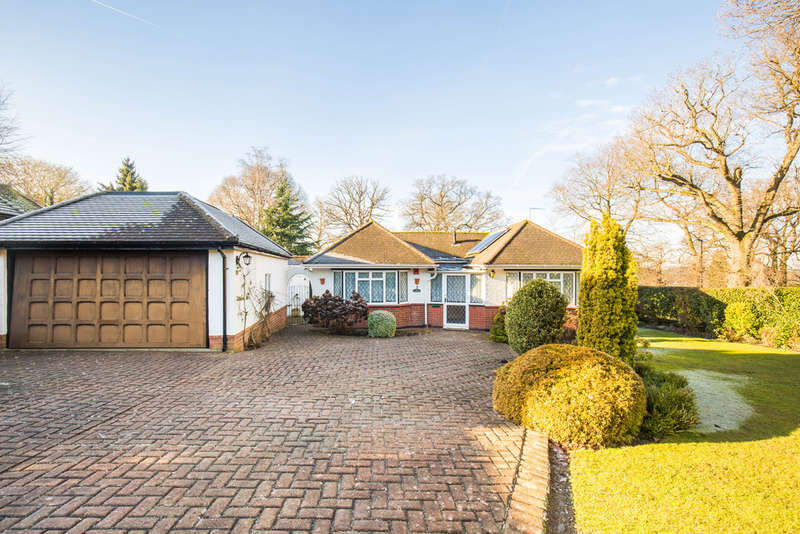 2 Bedrooms Detached Bungalow for sale in PURLEY