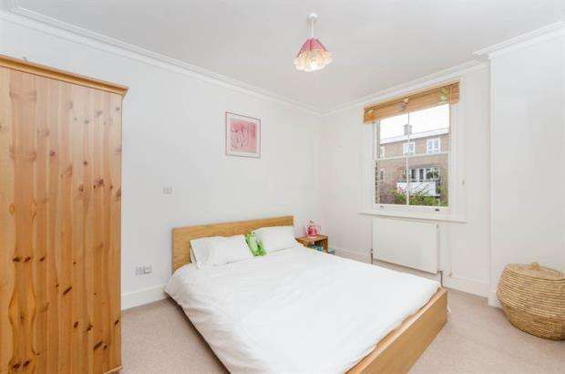 3 Bedrooms Terraced House for sale in Turneville Road, London, W14