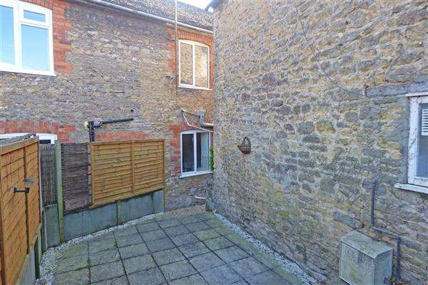2 Bedrooms Terraced House for sale in South Road Villas, South Street, Wincanton