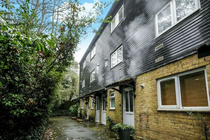 1 Bedroom Property for sale in Murray Road, Northwood