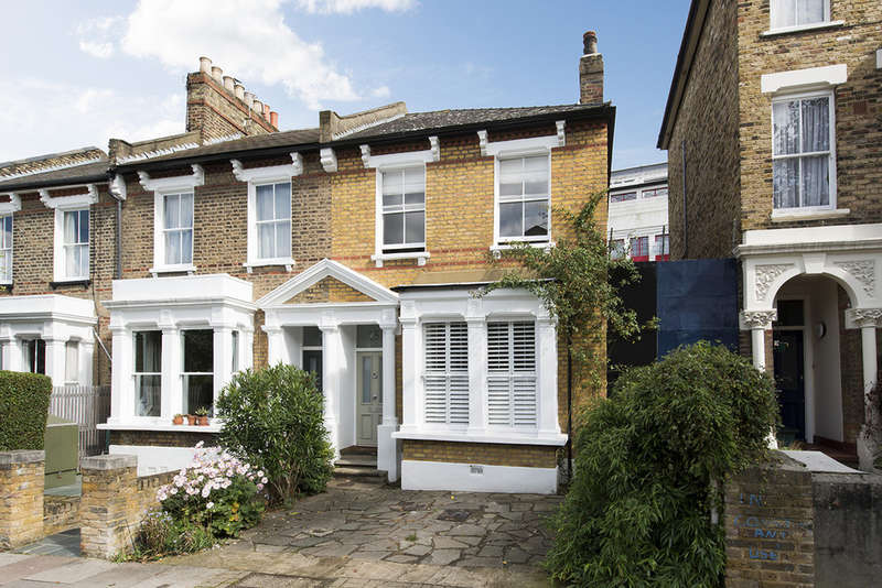 3 Bedrooms End Of Terrace House for sale in Highbury Hill, N5 1TB