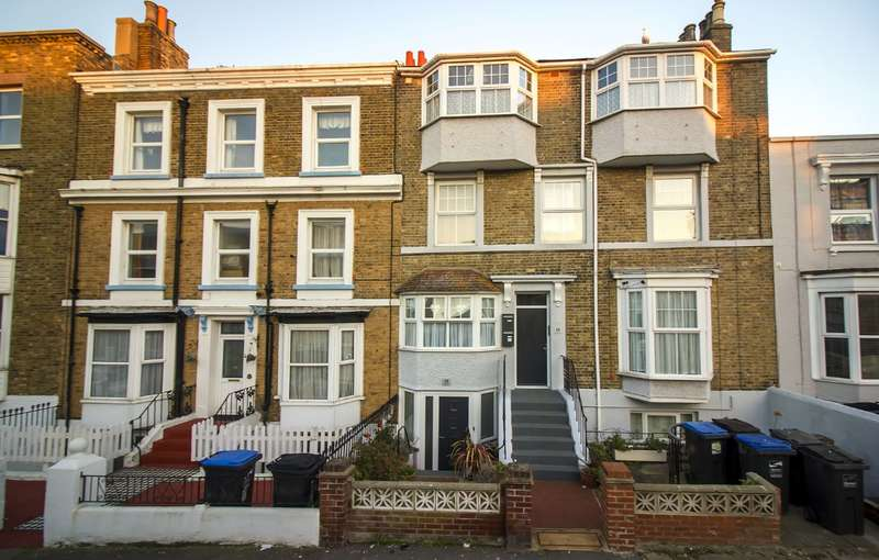 4 Bedrooms Maisonette Flat for sale in Sweyn Road
