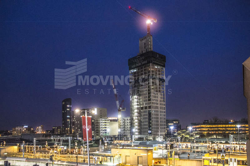 2 Bedrooms Flat for sale in Stratford Central, The Grove, Stratford