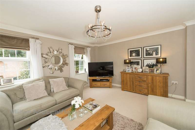 3 Bedrooms Town House for sale in Temple Road, Smithills, Bolton, Lancashire