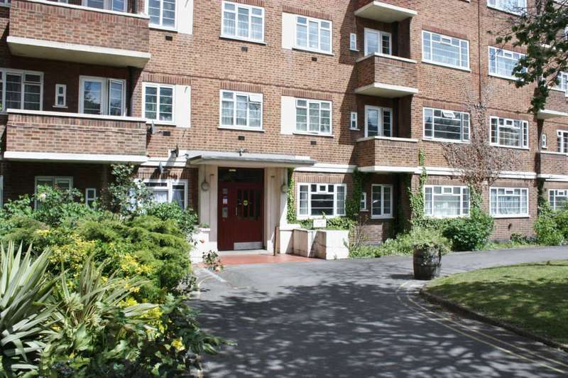 2 Bedrooms Flat for sale in Clapham Road, London