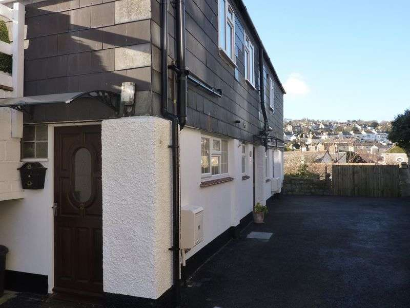 2 Bedrooms Flat for sale in Church St, Lyme Regis