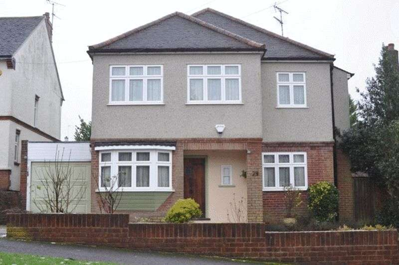 4 Bedrooms House for sale in Mount Crescent, Brentwood
