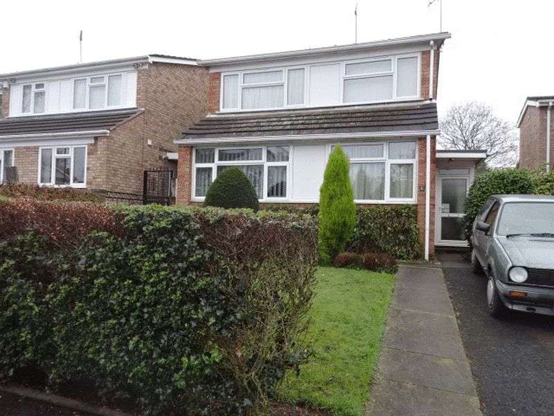 3 Bedrooms Detached House for sale in Connaught Avenue, Kidderminster DY11 6LS