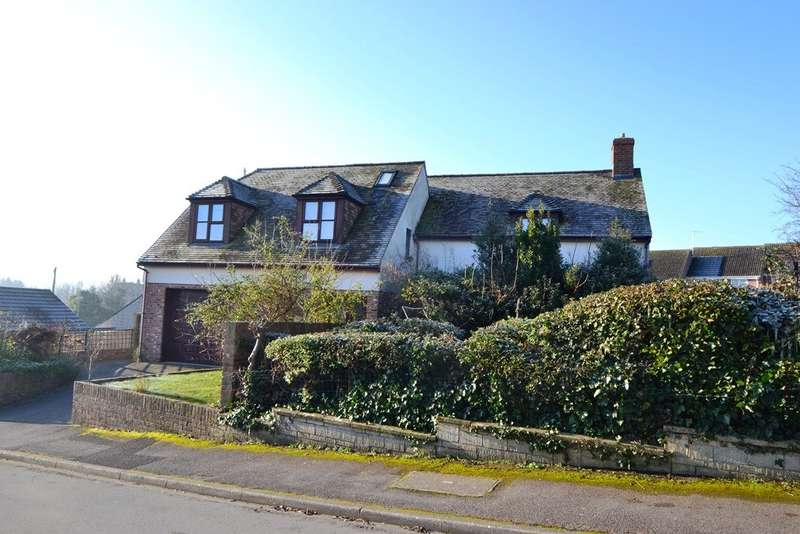 5 Bedrooms Detached House for sale in Bridport