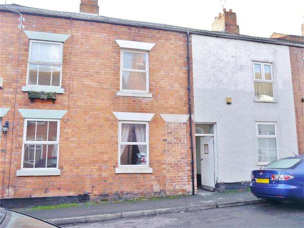 3 Bedrooms Terraced House for sale in George Street, Grantham