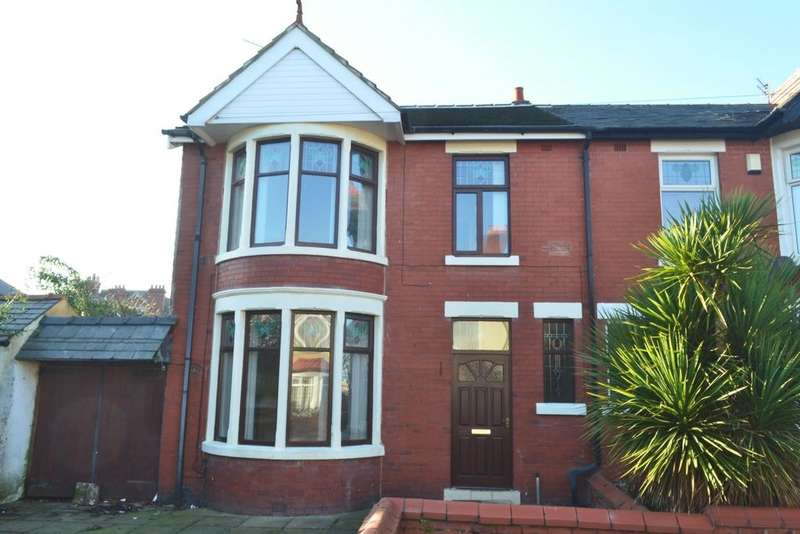 4 Bedrooms Semi Detached House for sale in Worsley Avenue, Blackpool, FY4