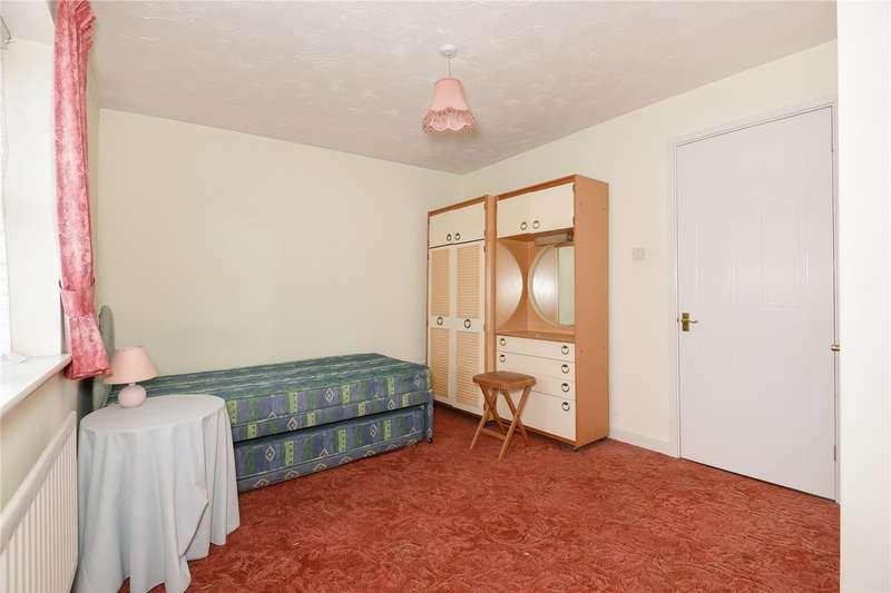 2 Bedrooms Terraced House for sale in Waterloo Road, Uxbridge, Middlesex, UB8