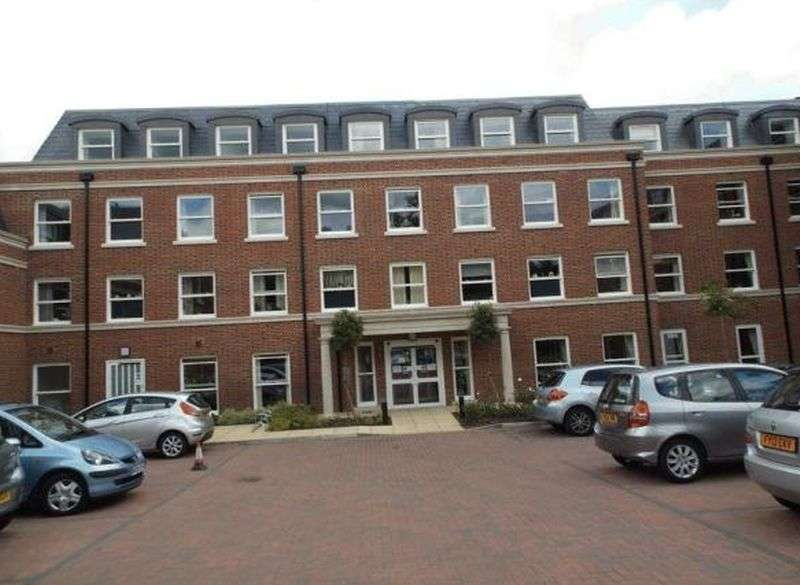 1 Bedroom Flat for sale in Peel Court: **TAILORED CARE PACKAGES AVAILABLE** ON-SITE RESTAURANT