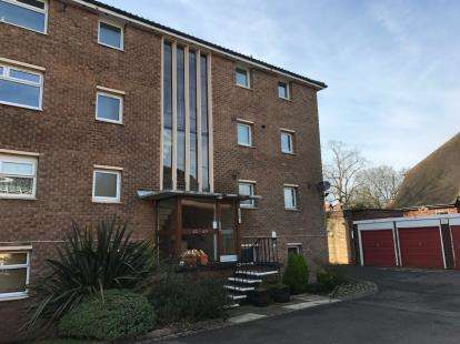 1 Bedroom Flat for sale in Lordswood Square, Lordswood Road, Birmingham, West Midlands