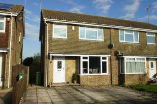 3 Bedrooms Semi Detached House for sale in Downland Road, Upper Beeding, Steyning, West Sussex