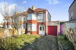 3 Bedrooms Semi Detached House for sale in Marvels Lane, Lee, Lewisham, London