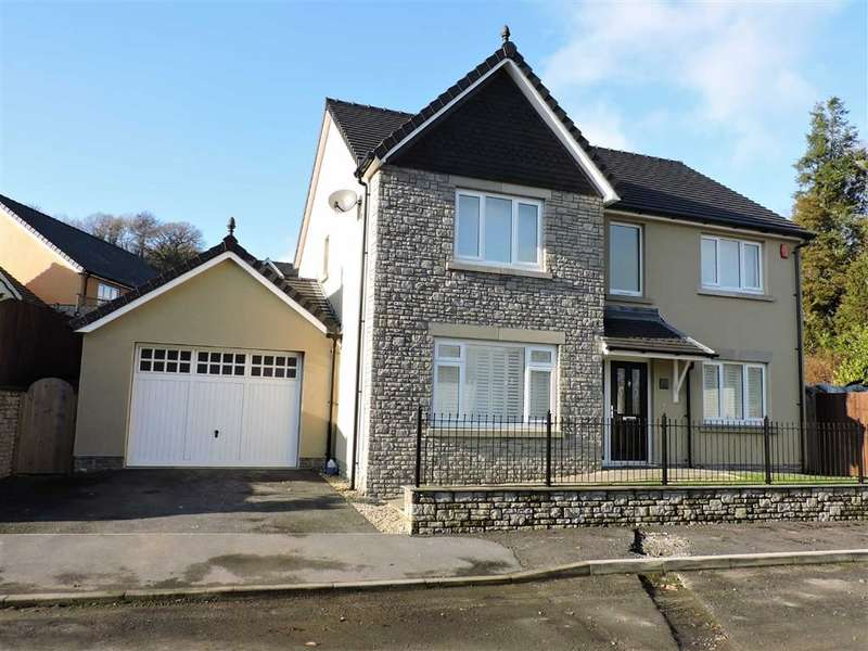 4 Bedrooms Property for sale in Coed Y Neuadd, Carmarthen