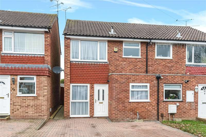 3 Bedrooms Semi Detached House for sale in Foxley Close, Blackwater, Camberley, GU17