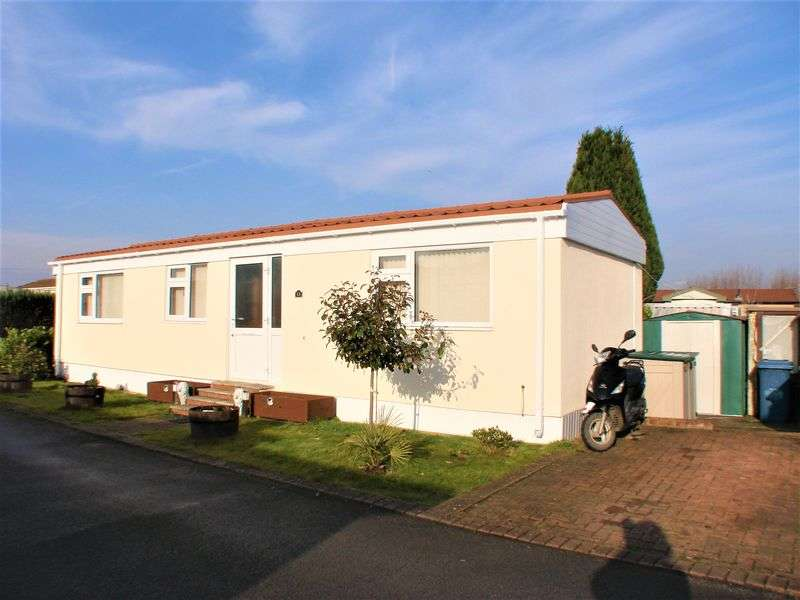 1 Bedroom Detached Bungalow for sale in Centre Way, Radcliffe-on-Trent