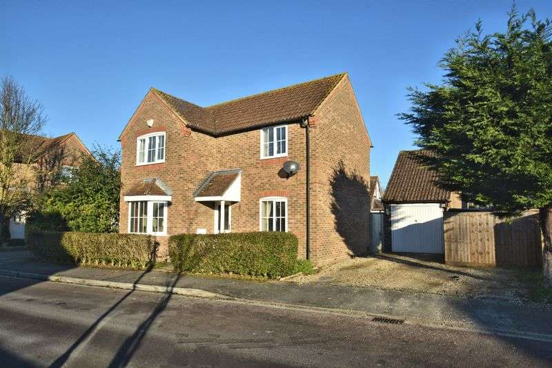 3 Bedrooms Detached House for sale in Bishops Orchard, East Hagbourne