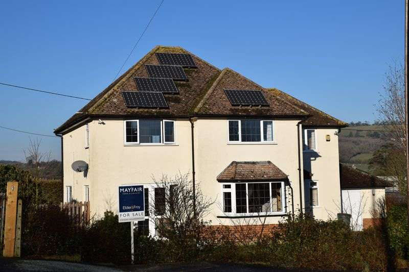 4 Bedrooms Detached House for sale in GREENS CROSS DRIVE, BEAMINSTER