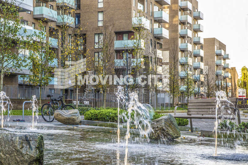 2 Bedrooms Flat for sale in Aberfeldy Village, East India Dock Road, Poplar