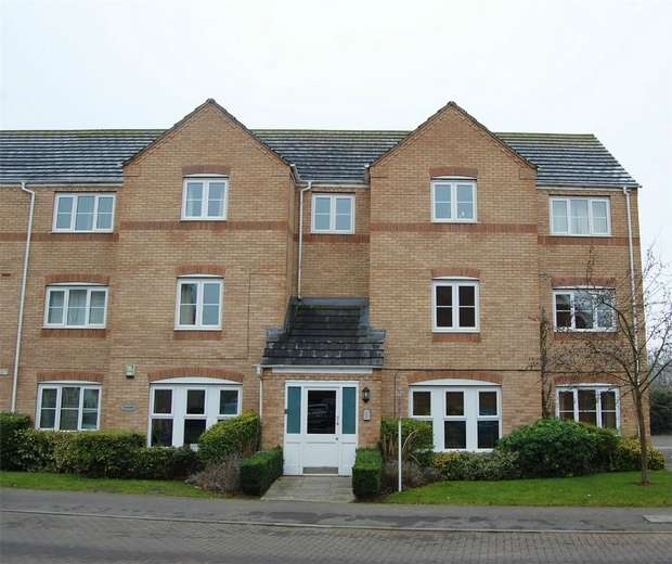 2 Bedrooms Flat for sale in 21 Gardeners End, RUGBY, Warwickshire