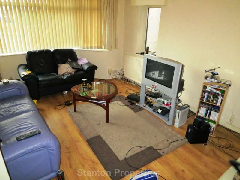 5 Bedrooms Detached House for rent in 75 pppw, Student Property, Whitebrook Road, Fallowfield, M14 6EF