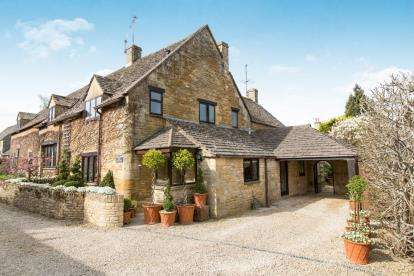 4 Bedrooms House for sale in Pound Lane, Little Rissington, Cheltenham, Gloucestershire
