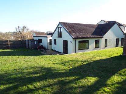 4 Bedrooms Bungalow for sale in St. Austell, Cornwall