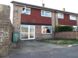 3 Bedrooms End Of Terrace House for sale in Connaught Close, Maidstone, Kent, .