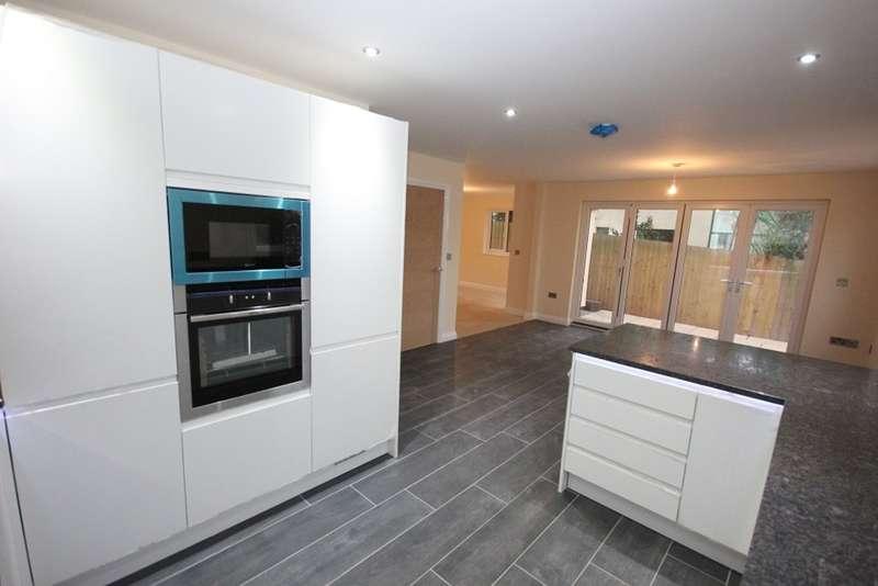 5 Bedrooms Detached House for sale in Clampitt Road, Ipplepen