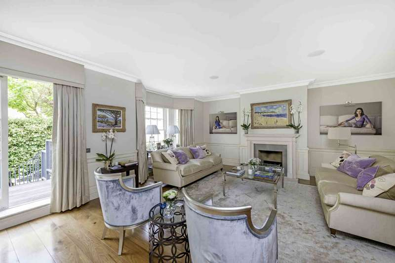 5 Bedrooms House for sale in St Mary`s Place, Kensington Green