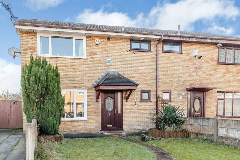 4 Bedrooms Semi Detached House for sale in Ashbourne Close, Wigan, WN7 5NS